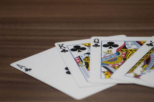 kortelės,pokeris,juodos dėžutės,kortų žaidimas,pelnas,žaisti,kazino,azartiniai lošimai,Žaidžiu kortomis
