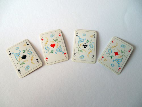 kortelės, Žaidžiu kortomis, tūzai, pik, širdis, žiūrėti, deimantai, kirsti, ace, žaisti, azartiniai lošimai, kortų žaidimas, sėkmė, laimėti, pelnas