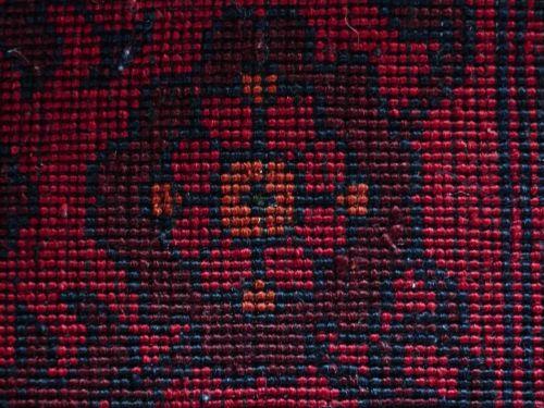 kilimas,raudona,susiejimas,šilkas,vilnos,kilimų audimo centras,pinti amatų,sriegis,žaliavinis šilkas,verpalai,spalvos,spalva,spalvinga,svetainės kiliminė danga,gėlė,šviesa,menas,modelis,išėjęs į pensiją