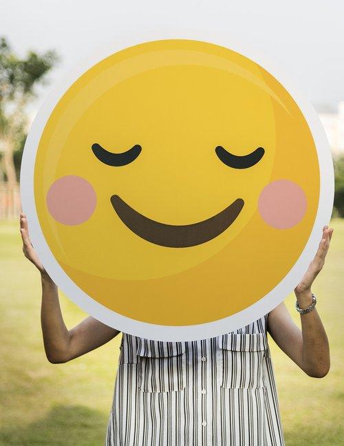 vykdyti, animacinis filmas, komunikacijos, Iškirpti, emocijos, jaustukas, išraiška, veidas, laukas, linksma, laimingas, laimingas veidas, ūkyje, piktogramą, džiaugsmas, linksmas, lauke, smile, Smiley, Besišypsantis veidas, nuolatinis, simbolis, raugintos, moteris, geltona