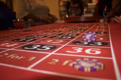 kazino,statymai,azartiniai lošimai,žaidimas,tikimybė,rizika,vegas,pokeris,lažybos,ruletė,Blackjack