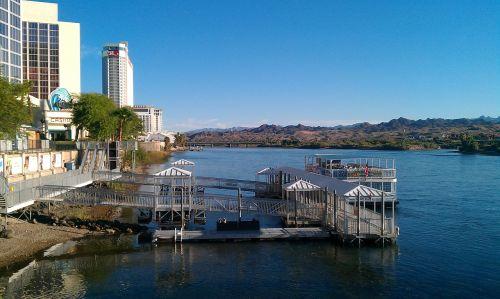 kazino,upė,azartiniai lošimai,pastatas,atsipalaiduoti,laisvalaikis,kurortas,atostogos,keliauti,rekreacinė
