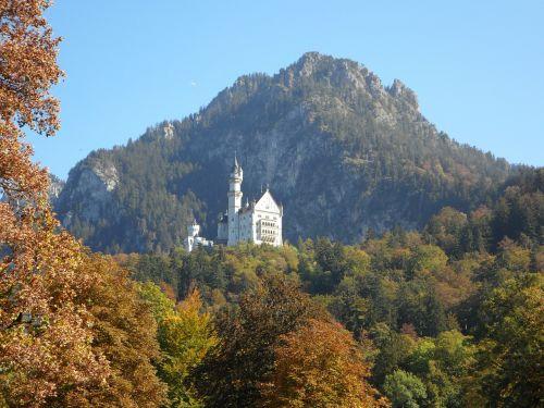 pilis,kalnas,kristinas,Allgäu,bavarija,ruduo,Vokietija,karalius,bavarijos karalius,ludwig,karalius ludvigas
