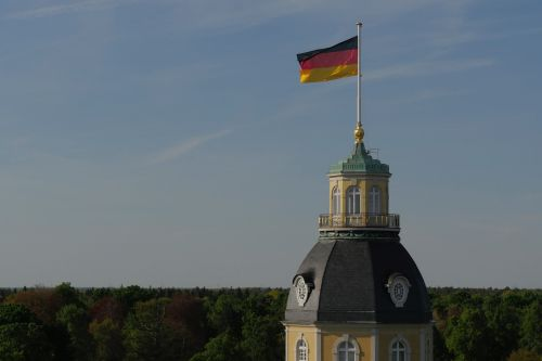pilies bokštas,Vokietijos vėliava,vėliava,horizontas,juodas raudonas auksas,vokiečių vėliava,Tautinė vėliava,Karlsruhe,pilis,bokštas