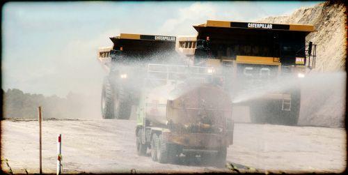 vikšrai,transporto priemonės,sunkvežimiai,purkšti,vanduo,laistymas,kelias,sunkus,pramoninis