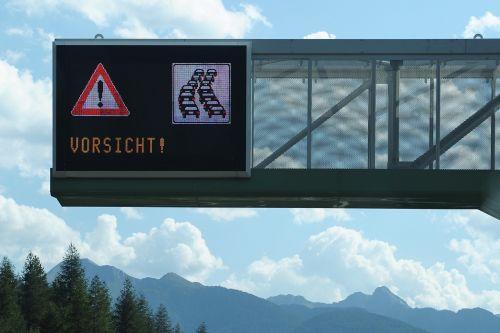 atsargiai džemas,džemas,atsargiai,kelias,pastaba,eismas,signalas,įspėjimas,automatinis,vairuoti,warnschild,dėmesio