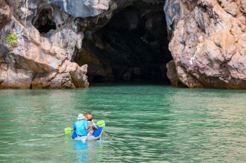 urvas,kanoją,kelionė,atostogos,jūra,vanduo,laisvalaikis,Tailandas,nuotykis,baidarėmis,aktyvus,valtis,lauke,veikla,vandenynas,atogrąžų,gamta,turistinis,phang,nga,šventė,tyrinėti,Kelionės tikslas,atrasti,tyrinėti,kelionė,nacionalinis,parkas,taika,žmonės,į,ateitis,tamsa,paslaptis,lūkesčiai,atsipalaidavimas,atsipalaiduoti,laisvė
