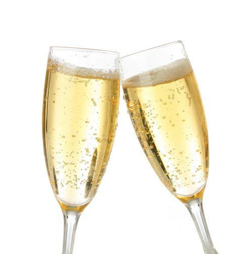 šampanas,brindisi,baltas fonas,šventė,prosecco,vakarėlis,burbuliukai,akiniai,putojantis vynas