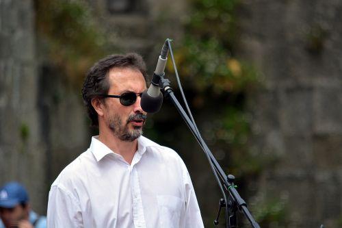 dainininkė, mikrofonas, vyras, charakteris, menininkas, koncertas, dainininke į mikrofoną