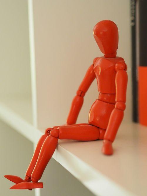 charakteris,sėdi,lėlė,tik,pagrįstas,sėdi figūra,oranžinė,lentyna,poilsis,mediena