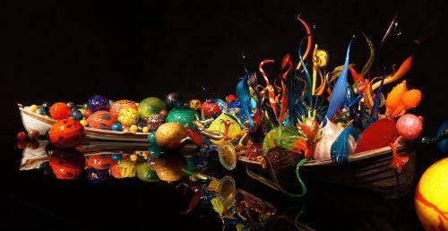 chihuly,stiklas,menas,spalvinga,dale chihuly,eilės valtys,Sietlo centras,pūstinis stiklas,chihuly sodas ir stiklas,Seattle