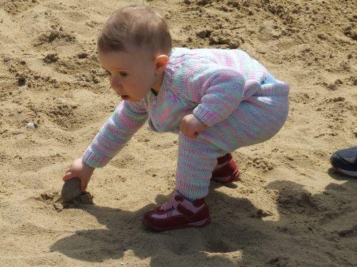 vaikas,mažas,žaisti,kūdikis,sandbox,out