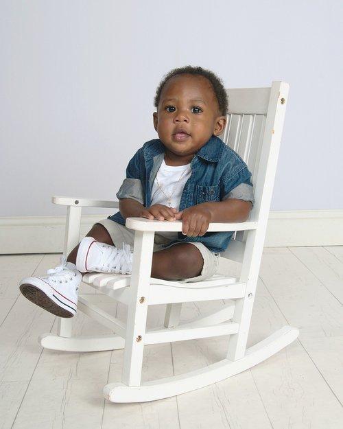 vaikas, kėdė, sėdėti, mielas, patalpoje