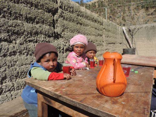 vaikai,Bolivija,vakarėlis