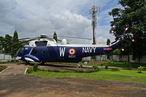 purentuvas,sraigtasparnis,muziejus,aviacija,karinis jūrų laivynas,gabenimas,goa,Indija