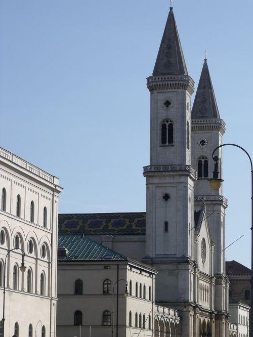 bažnyčia,architektūra,architektūra,bokštai,pastatas,religija,bokštas