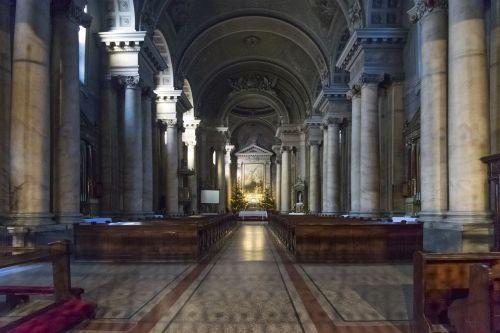 bažnyčia,katalikų bažnyčia,Aradas,katalikų,altorius,garbinimo namai,Romos katalikų,pastatas,religija,istoriškai,bažnyčios pews,lankytinos vietos,krikščionis,architektūra