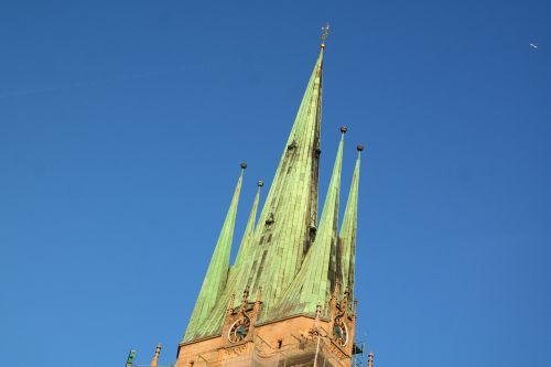 bažnyčia,St George,Šv. Džordžo bažnyčia,ulm,pastatas,architektūra,bokštas,spiers,katalikų,katalikų garnizonų bažnyčia,garnizonų bažnyčia,max meckel,parapijos bažnyčia,katalikų parapija,varis,stogas,žalias,laikrodis,bažnyčios laikrodis,krikščionis,tikėjimas