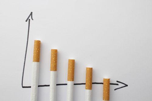 cigaretės,rūkymas,sustabdyti,plaučių vėžys,priklausomybe,nujunkymas,pakreipti,įprotis,atsisakymas,be dūmų,pašalinimas,nikotinas,tabakas,bandymas,neleisk,nesveika,labai priklausomybę