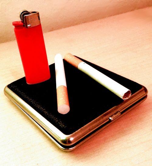 cigaretės,dūmai,pelenai,rūkymas,labai priklausomybę,nikotinas,dėžė,cigarečių dėklas