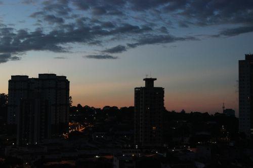 miestas,twilight,debesis