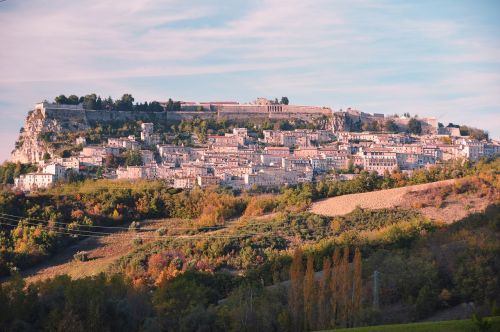 civitella del tronto,italy,abruzzo,Hillside,kaimas,kraštovaizdis,kaimas,vaizdingas,Europa,ispanų,žemė,kaimas,Žemdirbystė,panorama,peizažas,vaizdingas