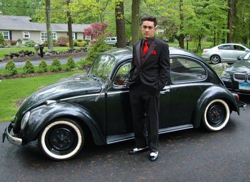 klasikinis automobilis,1966 vw vabalas,vw,vw vabalas,vw klaida,automobilis,klasikinis,vintage,automatinis,Volkswagen,retro,dapper,jaunas vyras,Patinas,kelia