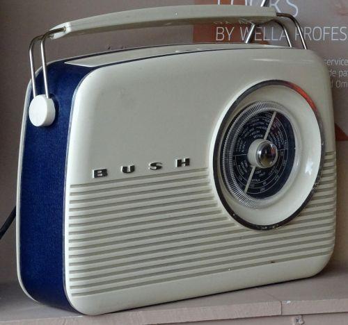 radijas, radijas, bevielis, transliavimas, imtuvas, imtuvai, transliuoti, transliacijos, antena, antenos, antenos, antenos, antena, klasikinis tranzistorinis radijas