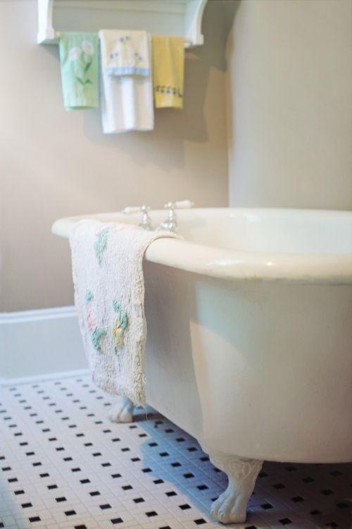 kabliuko kojos kamšalas,vonia,vintage,retro,Senovinis,vonia,vonia,vonia,kabliukas,pėdos,maudytis,higiena,švara
