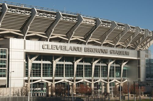 Cleveland,Ohio,Oi,centro,verslas,Turistų kelionės tikslas,kelionė,turizmas,Kelionės tikslas,cleveland browns stadionas,nfl,futbolas,stadionas,Cleveland rudos spalvos,amerikietiškas futbolas,žaidimas,Sportas,amerikietiškas futbolo laukas