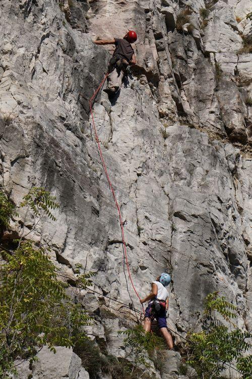 alpinistams,alpinis,alpinistas,Hillman,lipti,alpinizmas,alpinizmas,ekstremalios,Sportas,lauke,keliautojas,kelionė,alpinizmas,įranga,turizmas,pasivaikščiojimas,aktyvus,kelionė,siena,tyrėjas,gamta,jaunas,laisvė,lakatnik,Bulgarija,sofia