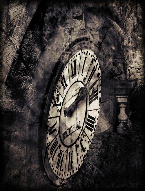 laikrodis,fantazija,sirrealis,gamta