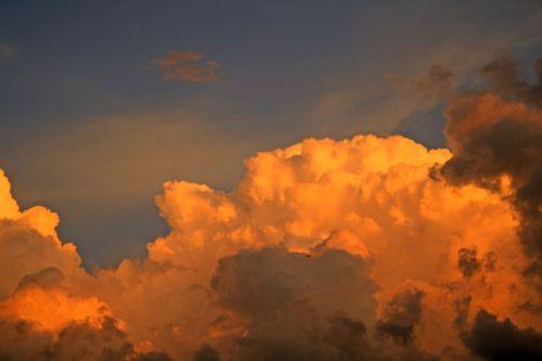 dangus, debesis, cumulus, saulėlydis, auksas, debesys su turtingais saulėlydžio spalvos