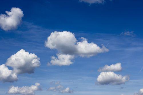 debesys,debesuota dangaus,debesys formos,debesis kalnas,kubo debesys,debesys krūva,dangus,cloudscape,vasaros debesys,kraštovaizdis,dramatiškas