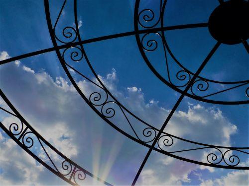 debesys,debesuotumas,debesys vaizdai,dangus,mėlynas,vasaros diena,oras,Debesuota,nuotaika,cloudscape,apšvietimas,paviljonas,debesų formavimas,debesų danga,dangaus nuotaika,dramatiškas dangus,debesys formos,oro temperamentas,kalvotas geležis