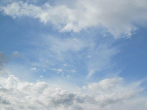 debesys,dangus,mėlynas,debesies modelis,balta,dangaus,dangaus mėlynumo,debesuotumas,gamta,atmosfera,nuotaika,oras