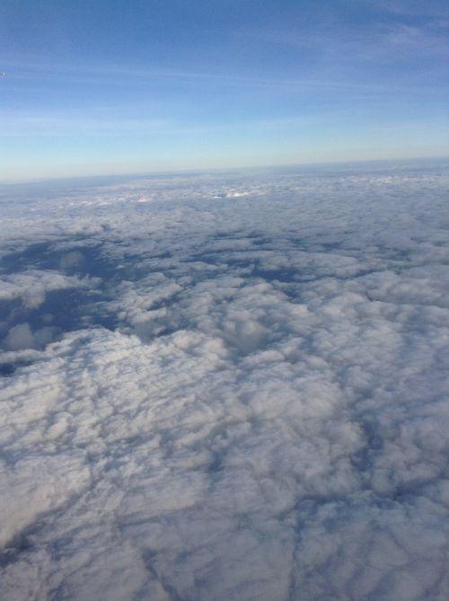 debesys,virš dangaus,stratosfera