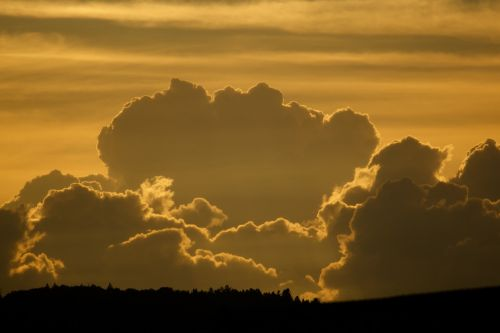 debesys,griauna,twilight