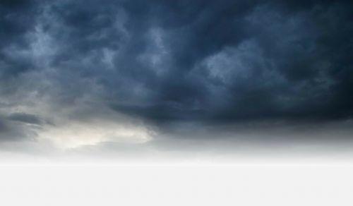 Debesuota,labai debesuota,naktis,tamsi,dangus,debesys,lauke,vaizdingas,ramus,oras,meteorologija,cloudscape,aplinka,gamta