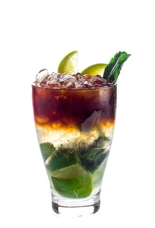 kokteilis,Mojito,gerti,alkoholis,Meniu,baras,garbanoti,stiklas,gėrimai,skonis,troškulys,vasara,šaltas,gaivus,alkoholinis kokteilis