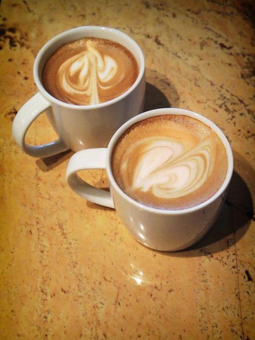 kava,puodelis,rytas,taurė,gėrimas,gerti,kofeinas,kavos puodelis,kavos puodelis,balta,karštas,pusryčiai,ruda,kavinė,espresso,puodelis kavos,šviežias,stalas,pienas,putos,virtuvė,cappuccino,namai,latte,kavos menas,menas,laisvalaikis,gerti,širdis,stimuliuoja