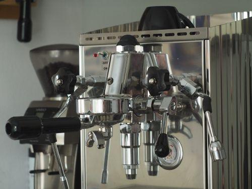 kava,arbata,Italijos kava,ruošti kavą,espresso,mašina,pusryčiai,kavos valandos,italy,aromatas,gerti,kofeinas,siebträgermaschine,skanus,Crema,kavos mėgėjai