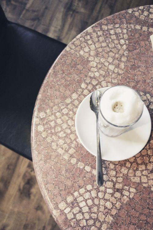 kava,latte macchiato,kavinė,pieno kavinė,batten,Milchschaum,kavinė au lait,kofeinas,putos,stiklas,atsipalaidavimas,gėrimai
