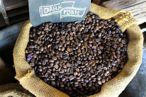 kavos pupelės,maišas,kava,ruda,kofeinas,kavinė,indas,pupelė,skrudinta,juoda,gėrimas,kavos pupelė,sėkla,tamsi,šviežias,espresso,tekstūra,pusryčiai,aromatas,maišas,pasėlių,rytas,grūdai,drobė,ekologiškas,vegetariškas,Žemdirbystė,ingredientas,mityba,natūralus,sveikas,žaliavinis