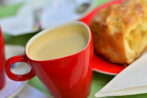 kavos puodelis,puodelis kavos,kava,taurė,kavinė,aromatas,kofeinas,kavos putos,raudona,padengti,kavos vietos nustatymas,skonis,kavos pertraukėlė,laikas baigėsi,stimuliatorius