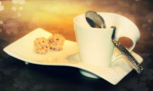 kavos puodelis, taurė, šaukštas, cappuccino, padengti, indai, pyragaičiai, Sidabrinis šaukštas, kavos skydas, stalo danga, balta, pusryčiai, porcelianas, keramika, sūpynės, dekoratyvinis