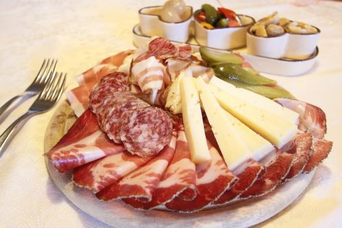 šalti gabalai,Salami,speck,sūris