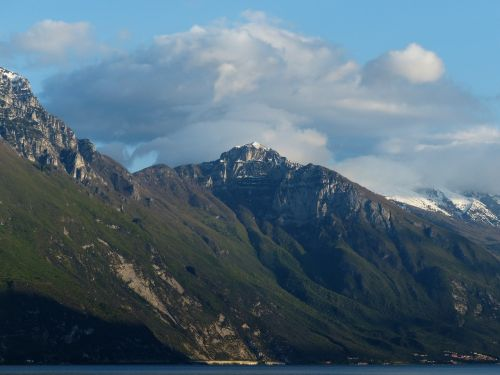 Pilnas Malcesine, Monte Malcesine, Viršūnė Kolma, Kalnų, Garda, Monte Baldo Tvirtas, Monte Baldo, Summit