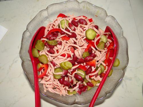 spalvinga,dešrelių salotos,vakarienė,šaldytuvas,rūgštus,paprika,agurkai,maistas,Valgyk sveikai