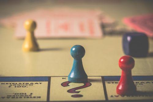 varzybos,žaidimas,sąveika,pergalė,stalo žaidimas,veiksmas,pėstininkas,etiketės,laimėti,prarasti,salono žaidimas,Draugystė,žaisti